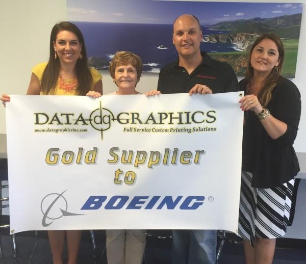 Sullivan Presents Boeing Award