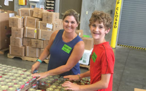 datagraphics-committed-to-community-brad-foodbank